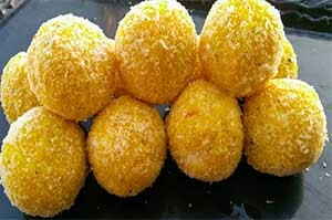 Coconut Ladoo 2 Pieces